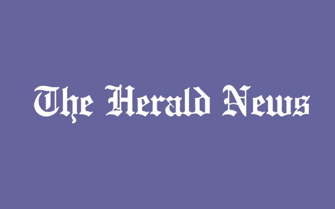 HERALD NEWS: Spirit Medium Lends A Helping Hand