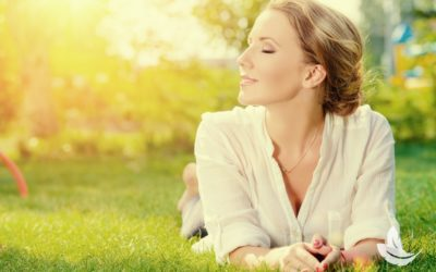 10 Steps To Manifesting Happiness & Positivity All Year Long